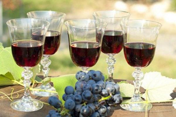 Как предотвратить нежелательные брожения домашнего вина