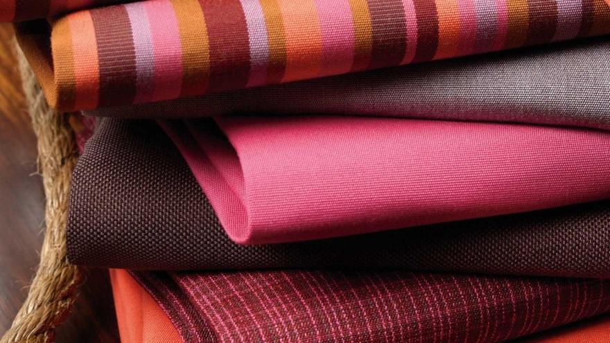 Обивка дивана (60 фото): ткань рогожка и антивандальная, флок и шенилл, кожа и другие виды, как правильно выбрать и обшить