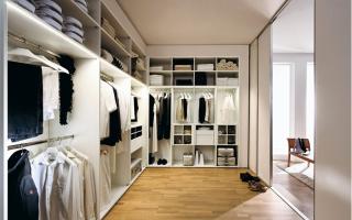 Шкаф вкоридор— 50 фото практичных икрасивых моделей