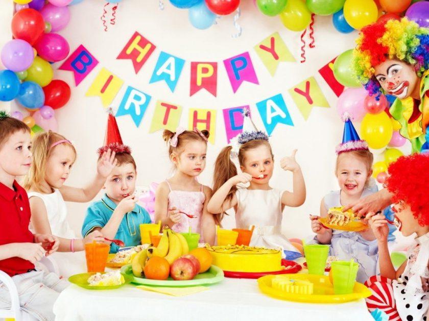 Как красиво украсить комнату на день рождения?