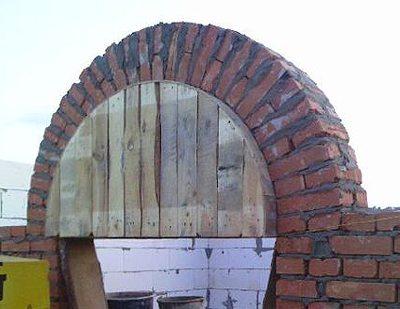 арка из декоративного кирпича