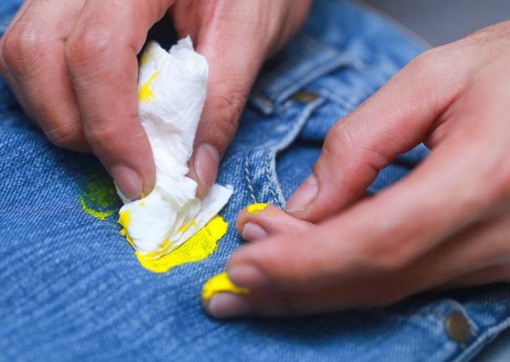 Как удалить акриловую краску с одежды - wikihow