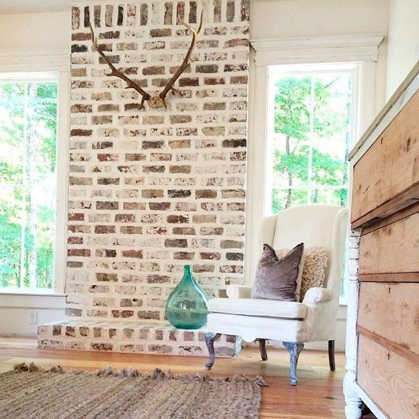 Как сделать стену из белого кирпича в квартире