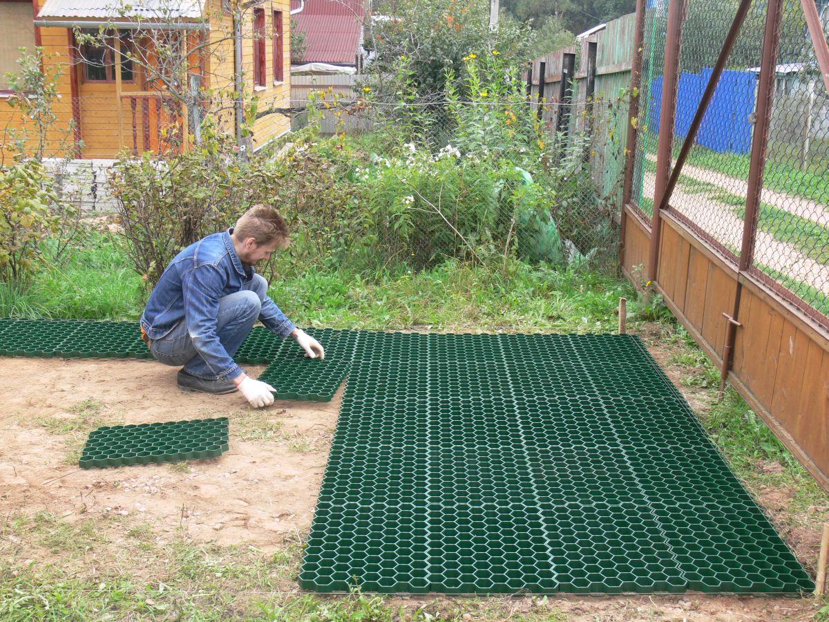 Пластиковая плитка для дорожек на даче (41 фото): экономичное и мобильное покрытие - happymodern.ru