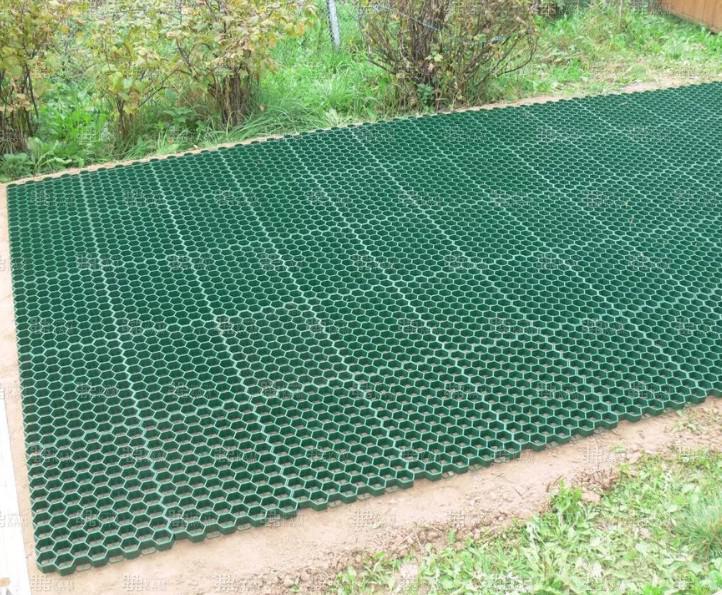 Пластиковая плитка для дорожек на даче (41 фото): экономичное и мобильное покрытие