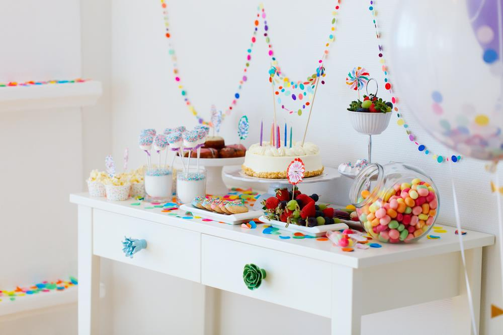 Как украсить комнату на день рождения ребенка — интересные идеи