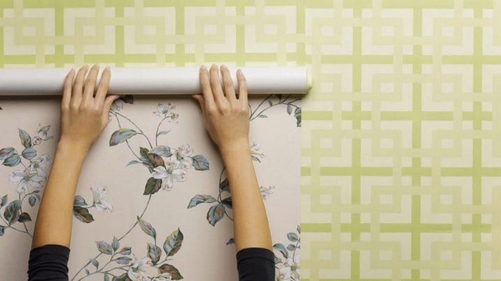 Как быстро снять и очистить жидкие обои со стены