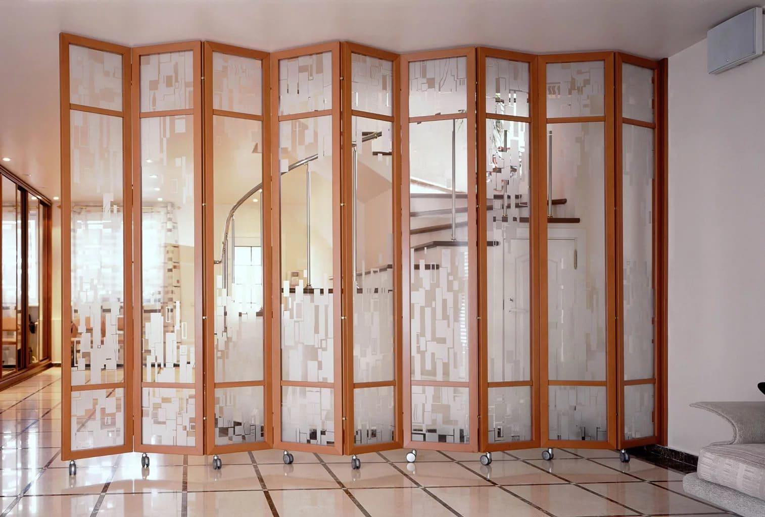 Мобильная перегородка для зонирования комнаты (11 фото)