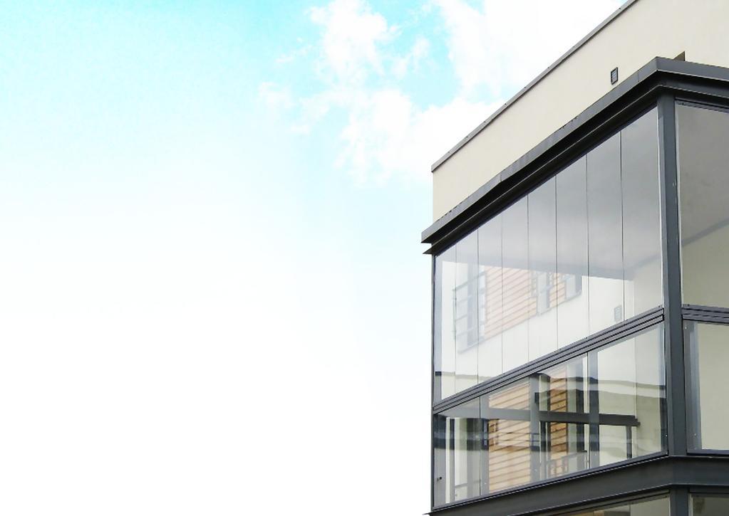 Безрамное остекление балконов и лоджий: плюсы и минусы финской технологии