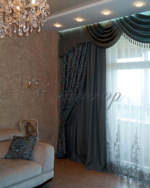 Коричневые шторы (58 фото): занавески в интерьере на кухню и в гостиную, сочетание с бирюзовым и бежевым