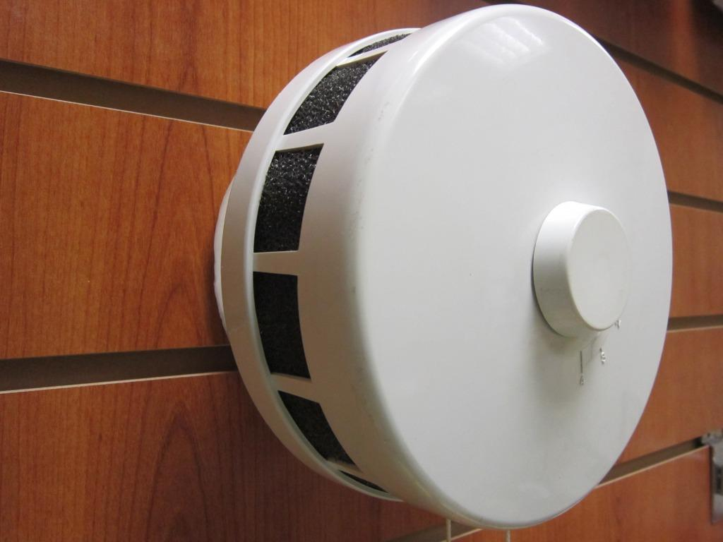 клапан инфильтрации воздуха