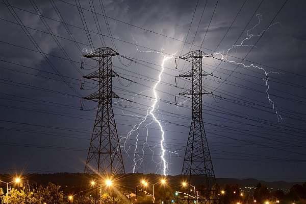 Сколько метров между электрическими столбами - юрсовет