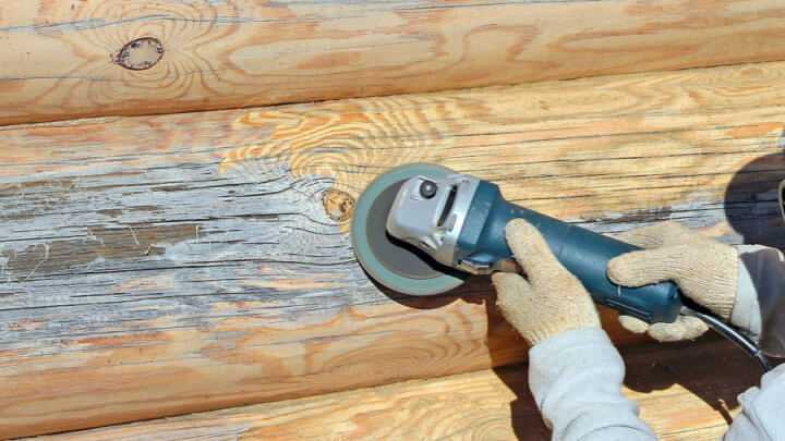 Как снять краску со стены? как убрать старое масляное покрытие, чем удалить водоэмульсионный состав, как очистить поверхность