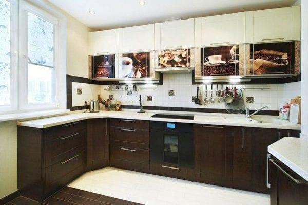 Обновление фасадов кухонной мебели пленкой. как поменять фасады на кухонном гарнитуре своими руками? что можно отремонтировать в кухонном гарнитуре своими силами