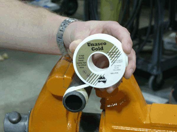 Герметик для газовых соединений: обзор средств при монтаже труб