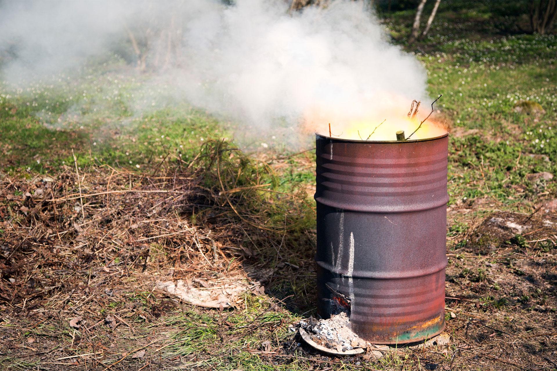 правила сжигания мусора на садовом участке