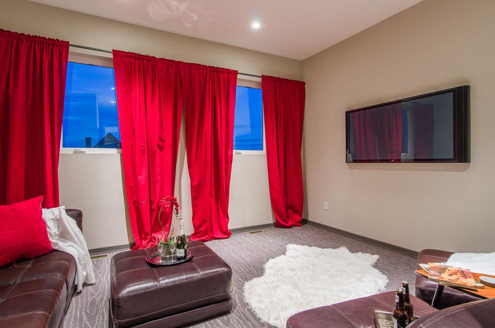 Красные шторы - 87 фото оформление интерьера: кухни, спальни и гостиной яркими занавесками красного цвета