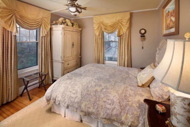 как повесить шторы в спальне фото