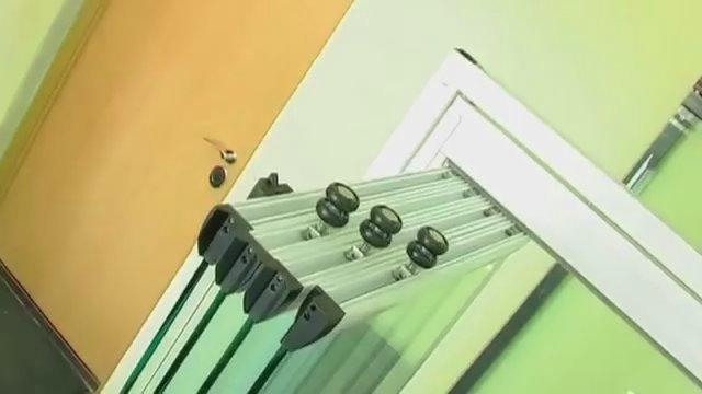 Безрамное остекление балконов и лоджий: плюсы, минусы, технология