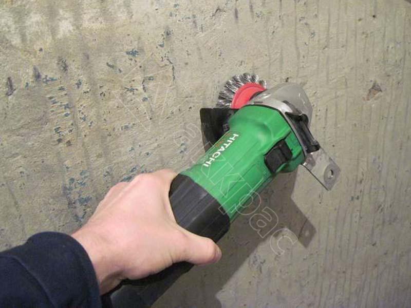 как быстро снять краску со стен