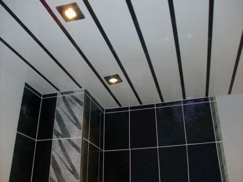 Особенности и фото потолков из пластиковых панелей