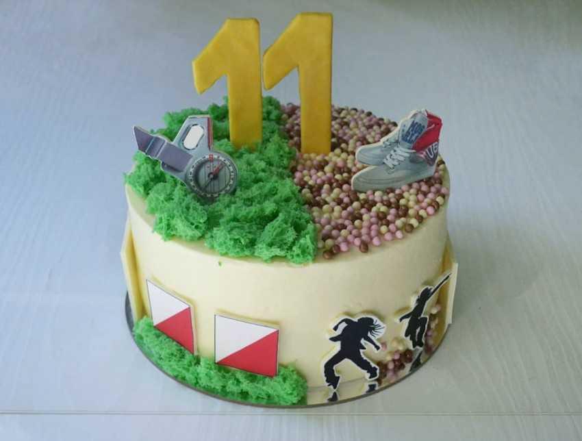 Как украсить торт: простые идеи в фотографиях
