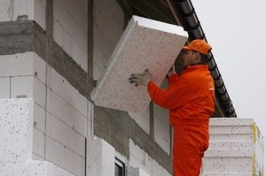 Как можно утеплить пеноплексом стену внутри дома или снаружи — методы утепления, требования к материалам
