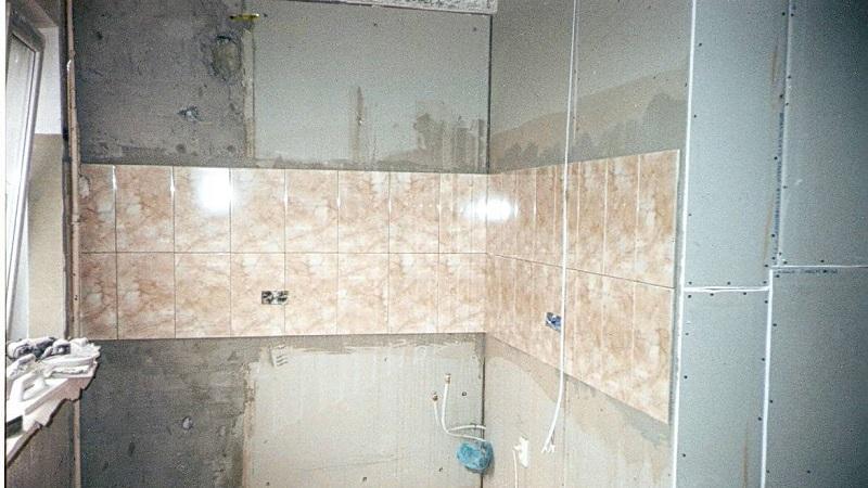 Как правильно произвести укладку плитки на гипсокартон в ванной комнате