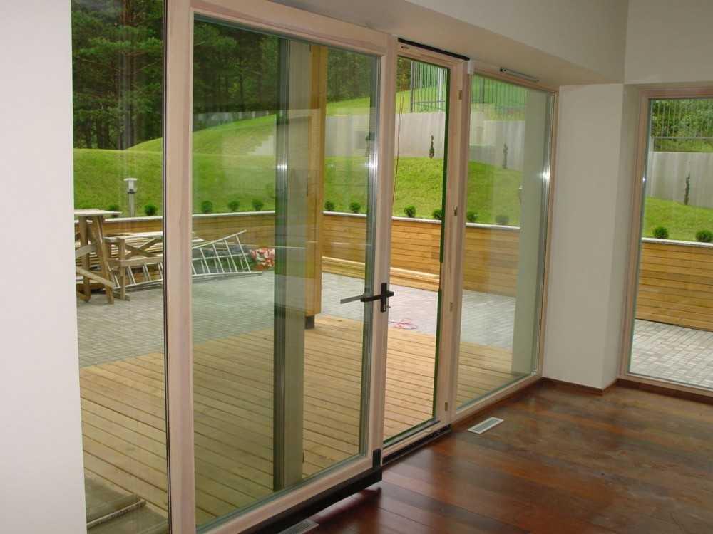Как выбрать пластиковые двери входные для частного дома