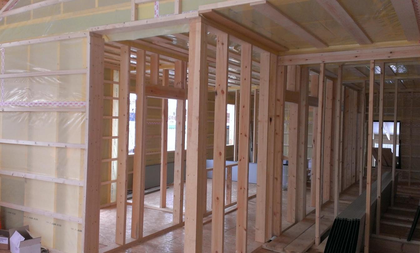 Монтаж каркасных перегородок в деревянном доме фото и видео