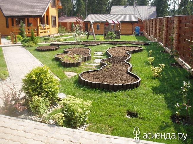 Народная мудрость для ведения огорода и сада - это опыт, накопленный многими поколениями земледельцев. статья расскажет о самых полезных приемах