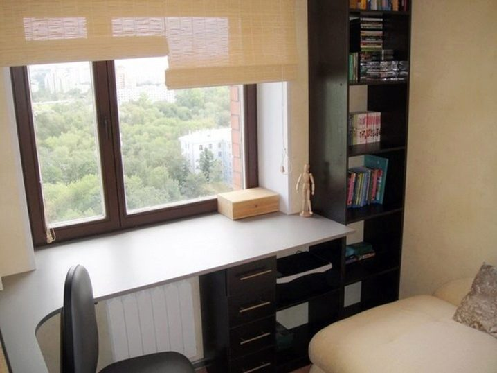 Шкафы вокруг окна (27 фото): варианты в интерьере комнаты со столом, подборка идей для спальни возле окна
