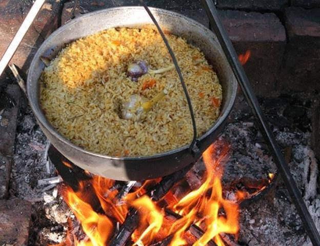 Плов в казане на костре - рецепты приготовления из свинины, курицы, говядины и баранины. как приготовить узбекский и таджикский плов в казане на костре?
