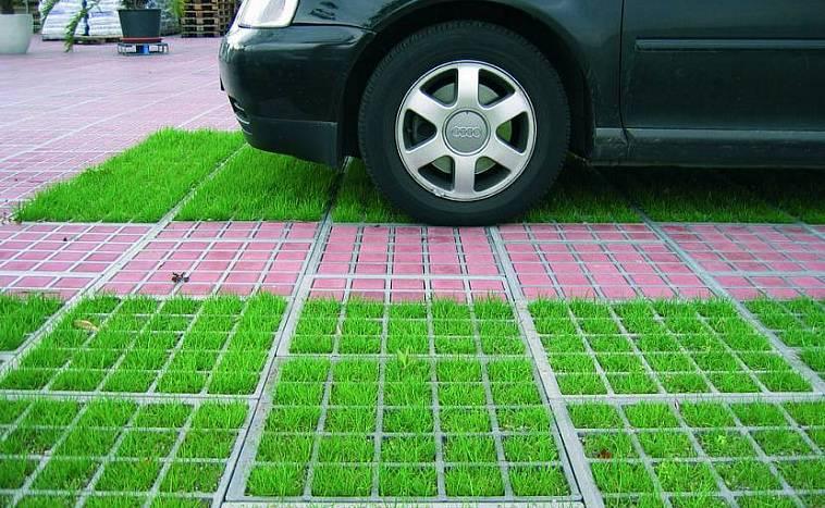 решетка для парковки на газоне