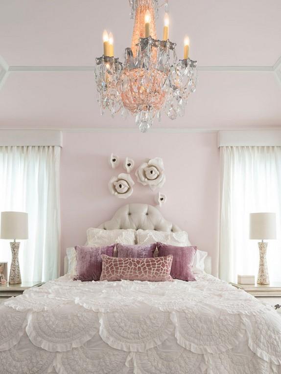 Розовые обои яркие жидкие с рисунком в интерьере спальни красивые флизелиновые в горошек для детской, однотонные стены в комнате