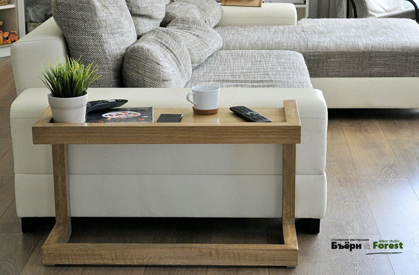 Диван со столиком (49 фото): стол-диван трансформер, столик в углу и на подлокотнике