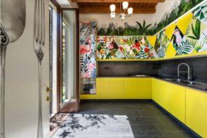 Обои для кухни: дизайн и 75 фото в современном интерьере