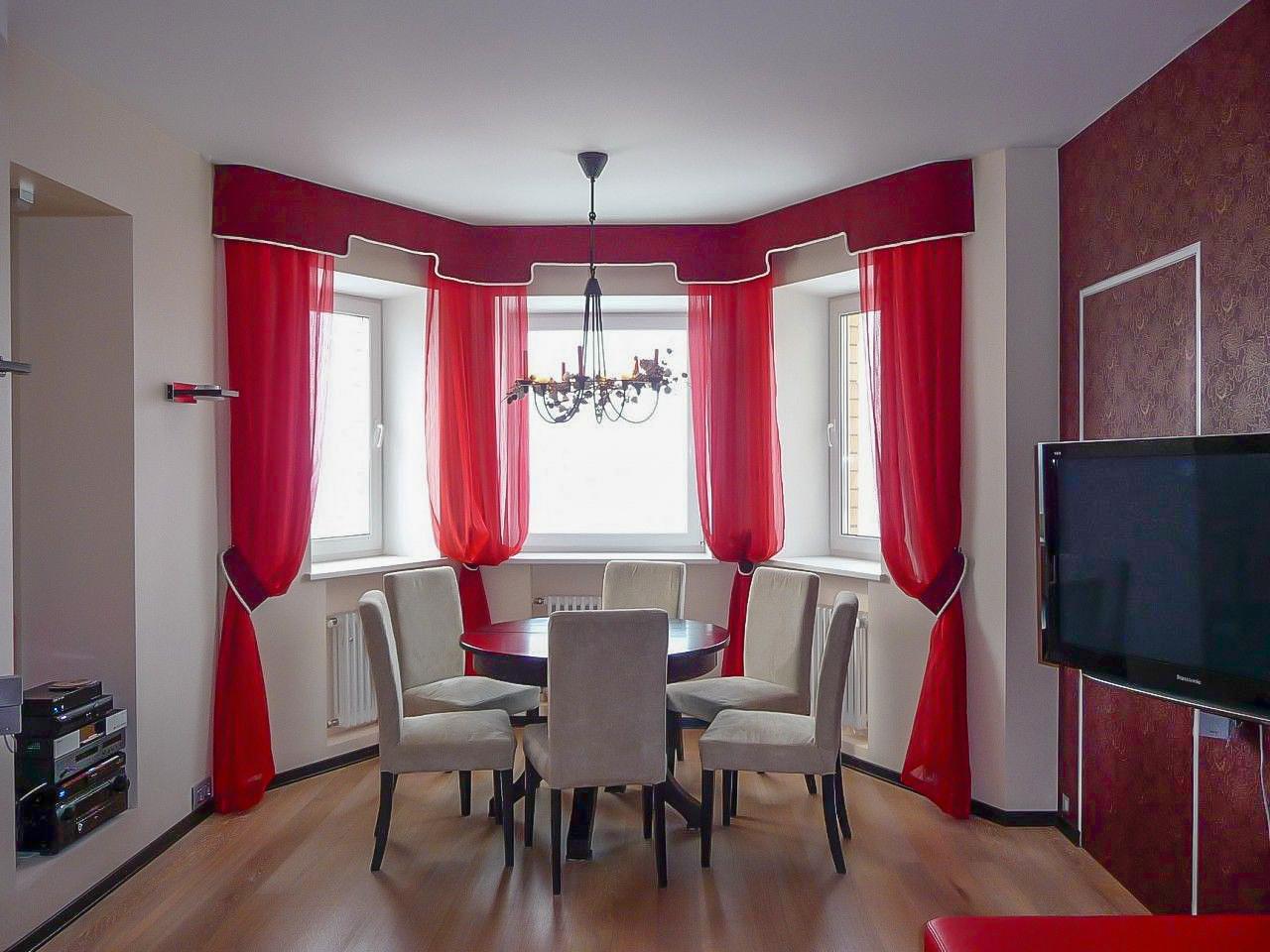красные шторы фото