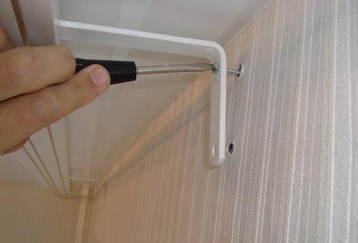 Как правильно прикрепить потолочный карниз к натяжному потолку - инструкция