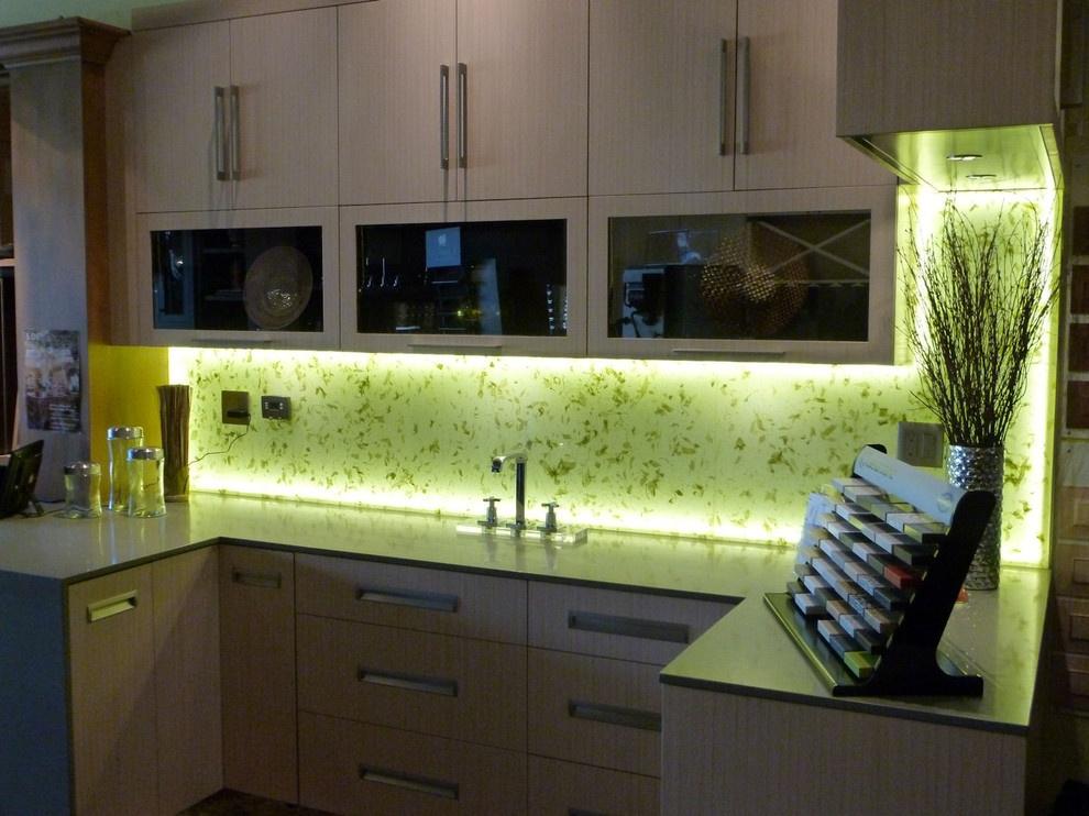 Подсветка для кухни – светодиодная и точечная (фото)