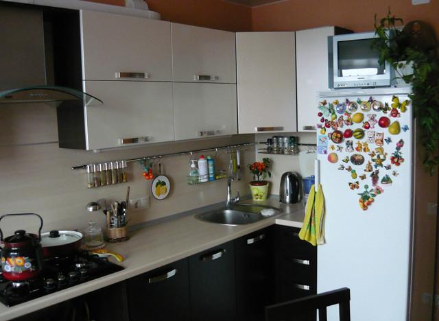 Системы для хранения кухонного оборудования: как расположить рейлинги на кухне