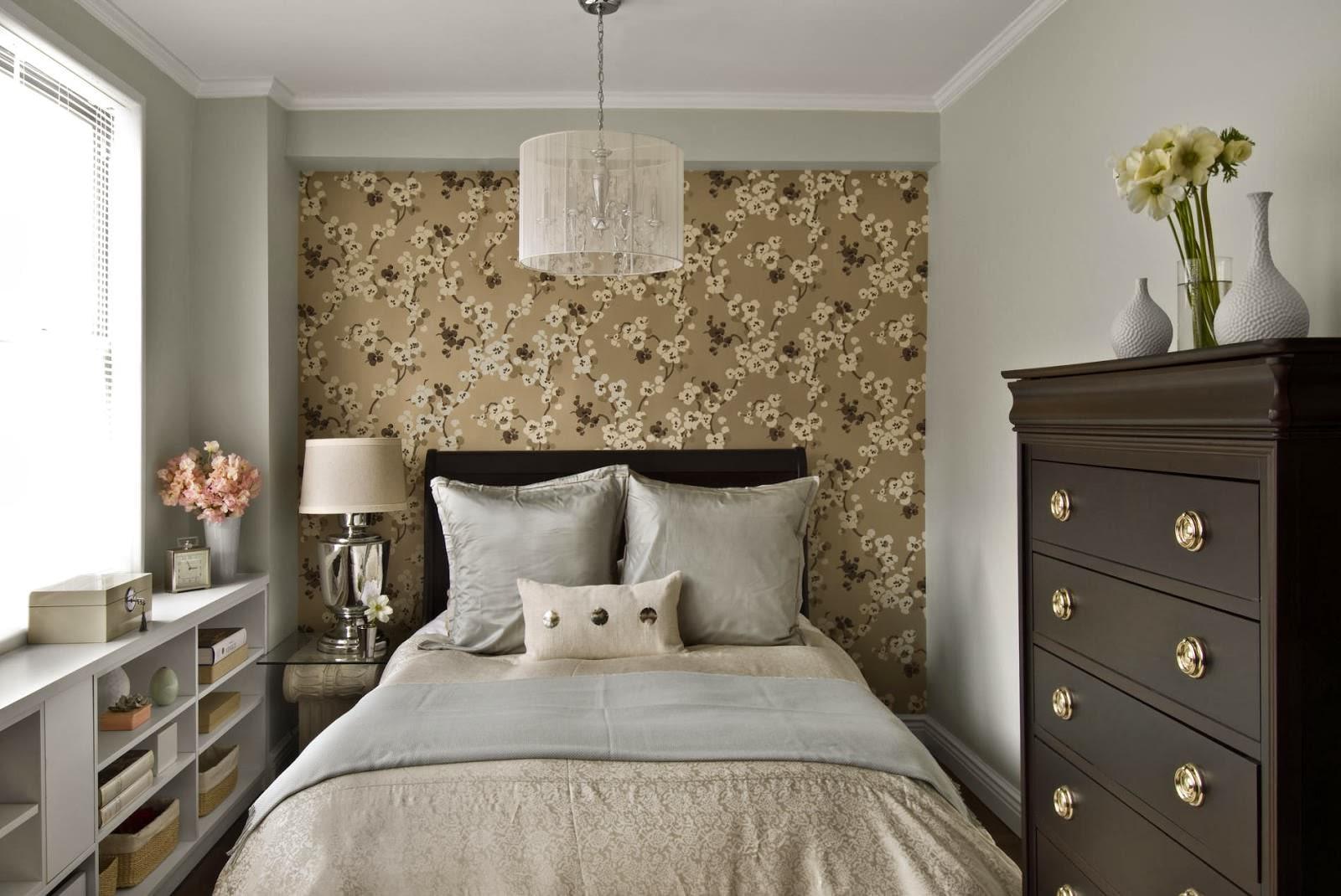 Однотонные обои флизелиновые виниловые бумажные в интерьере спальни серые зеленые синие стены без рисунка в коридоре на кухне, гладкие комбинированные в детской