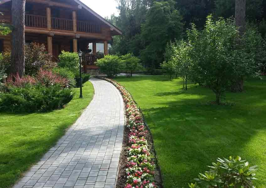 Ландшафтный дизайн участка перед домом: 75 вдохновляющих идей