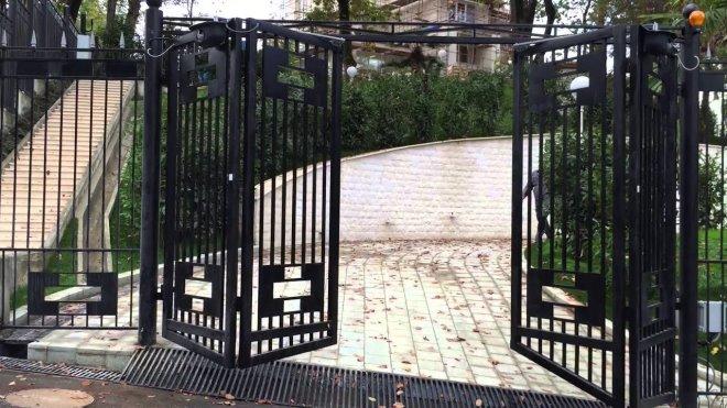 Складные ворота-гармошка своими руками