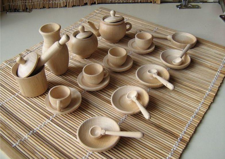 Глиняная посуда (из глины красной) сковорода, миска