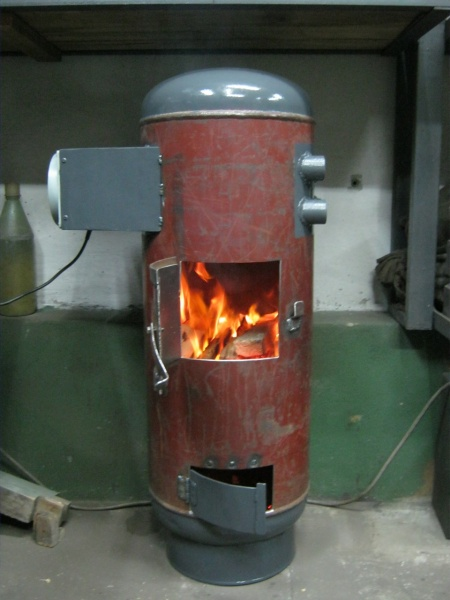 титан на дровах для нагрева воды