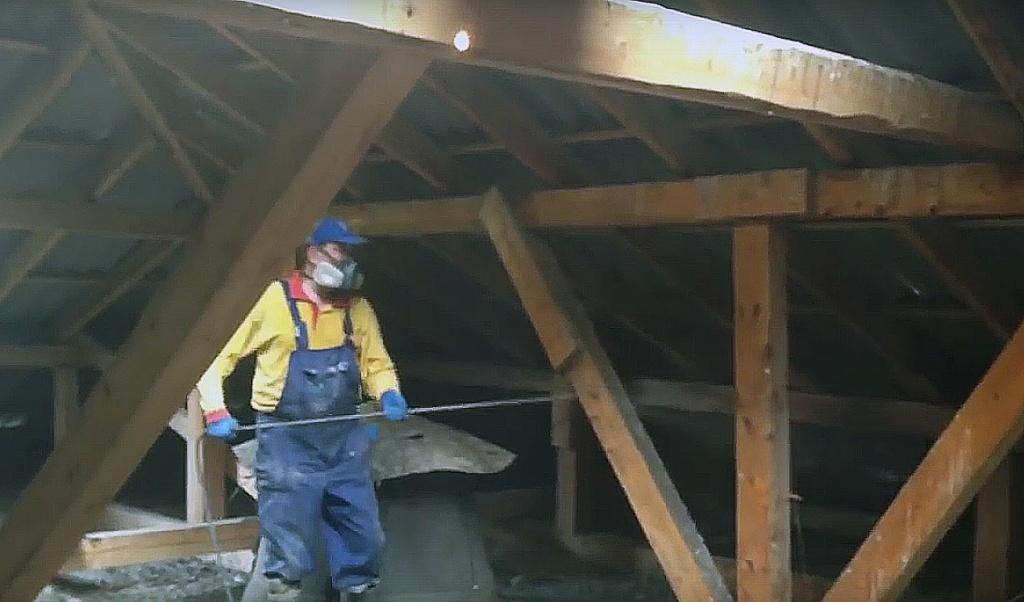 Обработка крыши противопожарной пропиткой: порядок, нормативы, периодичность