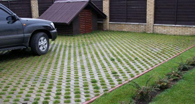 Газонная решетка, что это такое, виды газонной решетки, как выбрать и как использовать