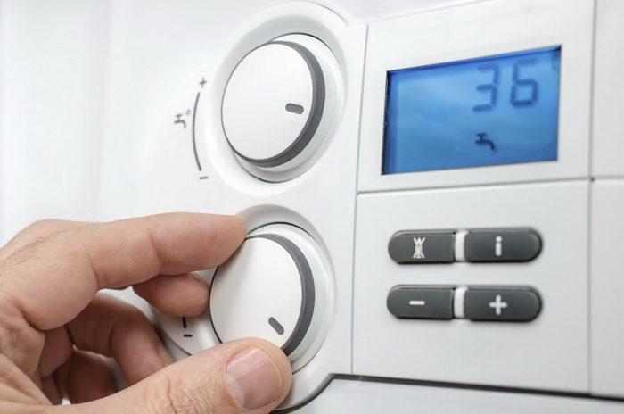 Термостат (терморегулятор) котла для системы отопления : виды и особенности выбора. топ 5 актуальных моделей