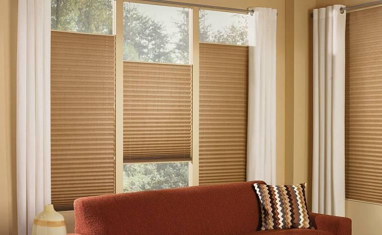 Как почистить шторы в домашних условиях, не снимая их с карниза: топ-эффективных методов + инструкция